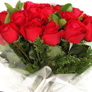 Bouquet-com-24-Rosas-Carolas-2